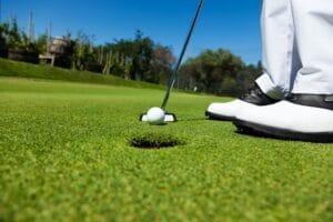 Besser putten durch Golfball markieren