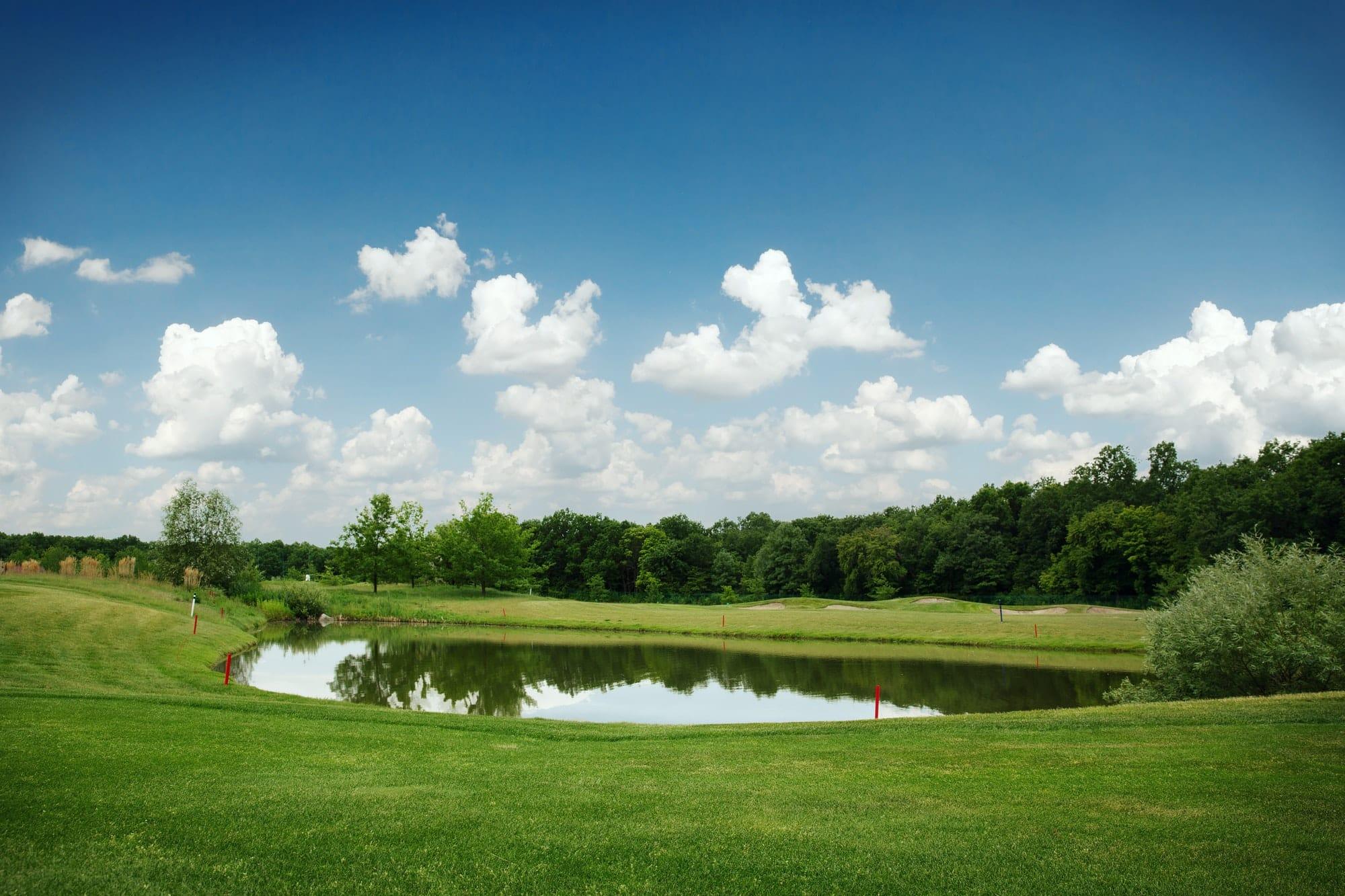 Ein Golfplatz gleicht dem anderen? Sind alle Golfplätze gleich?